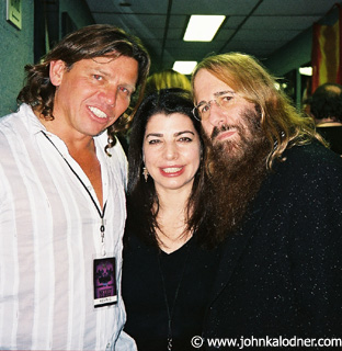 Kevin Shirley (Producer), Michelle Anthony (Executive V.P. of Sony Music Entertainment) & JDK (backstage at Aerosmith) -  New York - November  2003